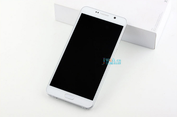 Samsung-Galaxy-Note5-L0813-1