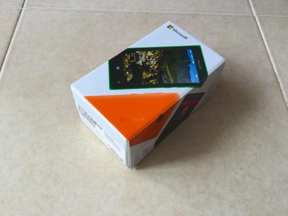 Lumia435-Review-1