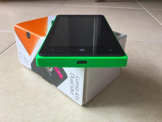 Lumia435-Review-7