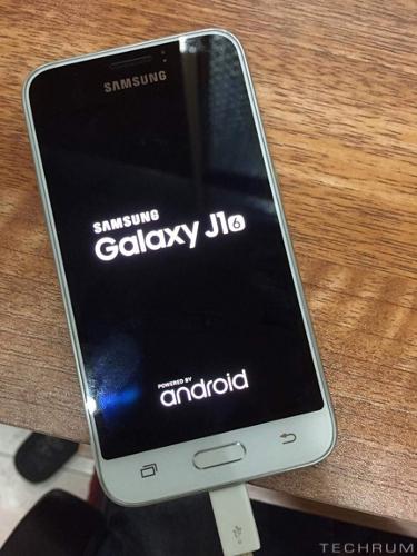 Galaxy-J1-2016-L1228-1